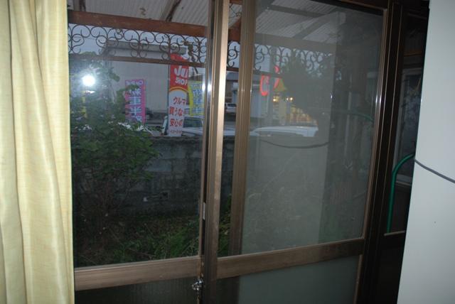 台所の窓から  (NO1)