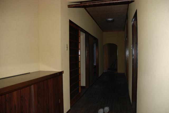 玄関に潜入(NO5)